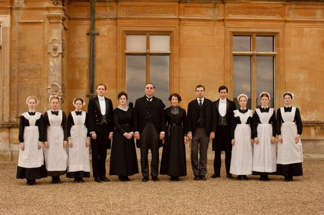 image: http://www.dailymail.co.uk/femail/article-2207935/Downton-Abbey-servants-New-BBC-series-Servants-The-True-Story-Life-Below-Stairs.html